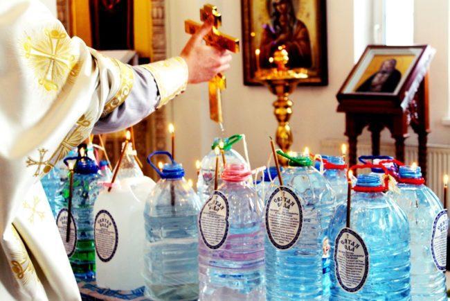 Волшебные свойства крещенской воды