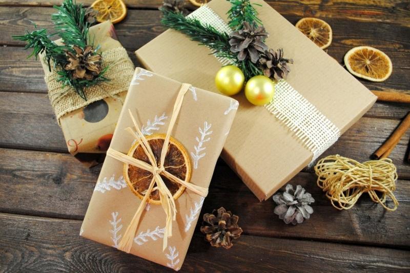 декор подарка на Новый год