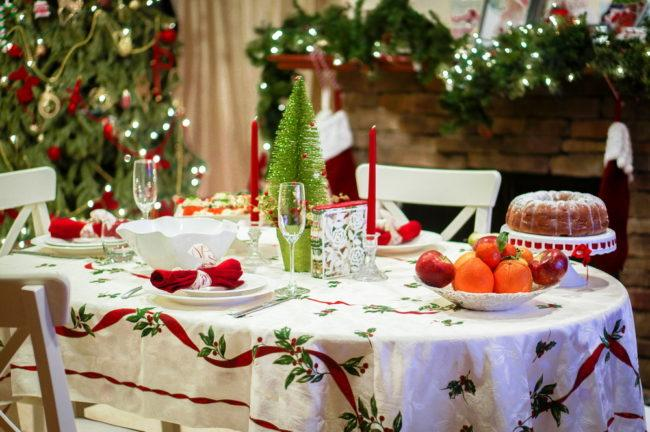 сервировка кухонного стола на НГ