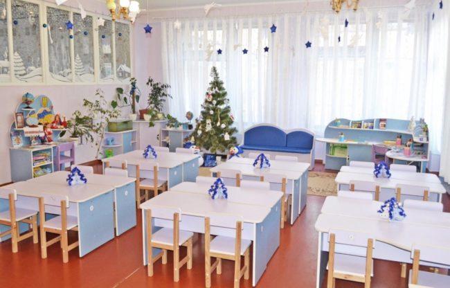 Как украсить гриппу детского сада на Новый год