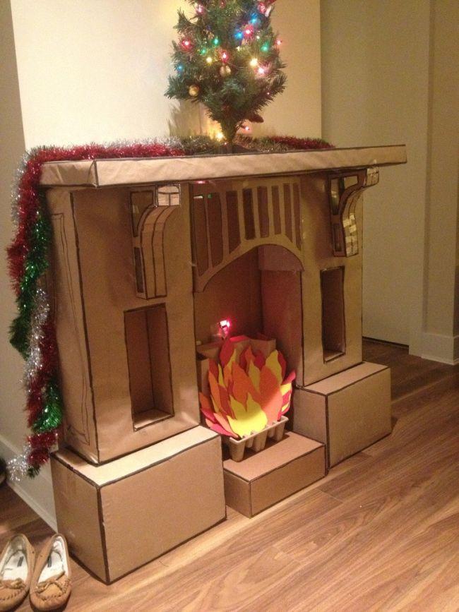 Бумажный огонь в картонном камине