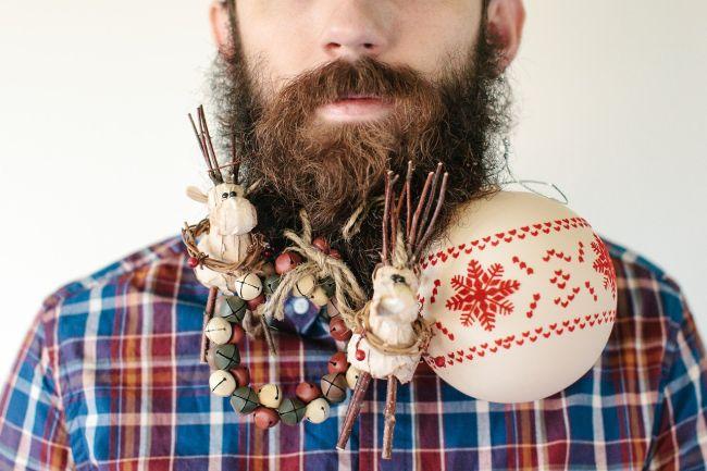 Елочные шарики в бороду