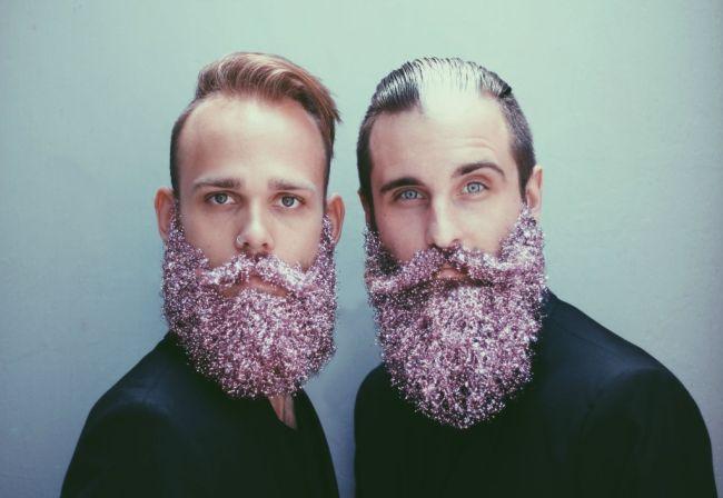 Борода в блестках