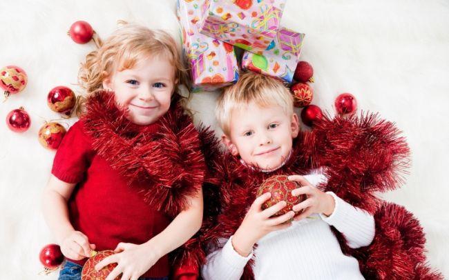 Стихи на Новый год для детей 2-3 лет в детский сад