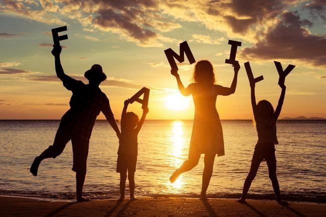 Семейные отношения у Скорпионов в год Свиньи