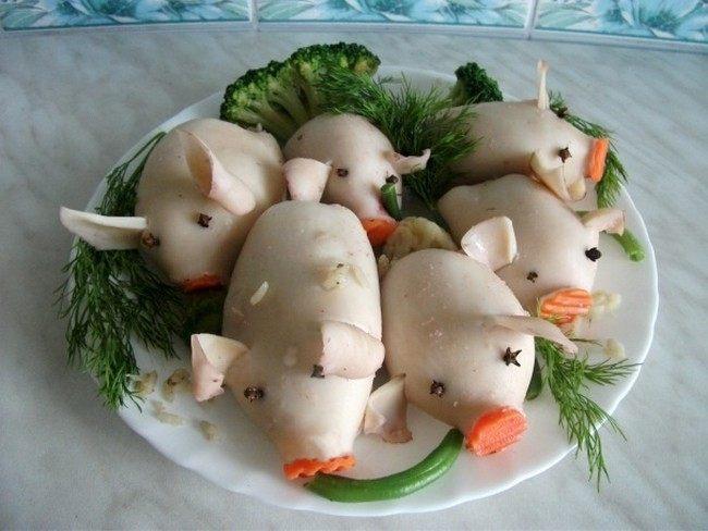 Кальмары на год Свиньи