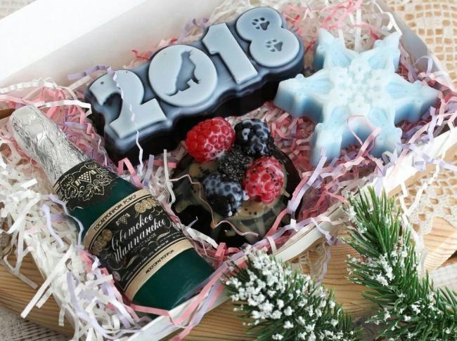 Подарок к Новому году своими руками