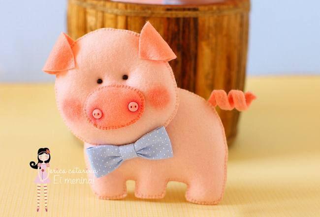 Свинья из фетра