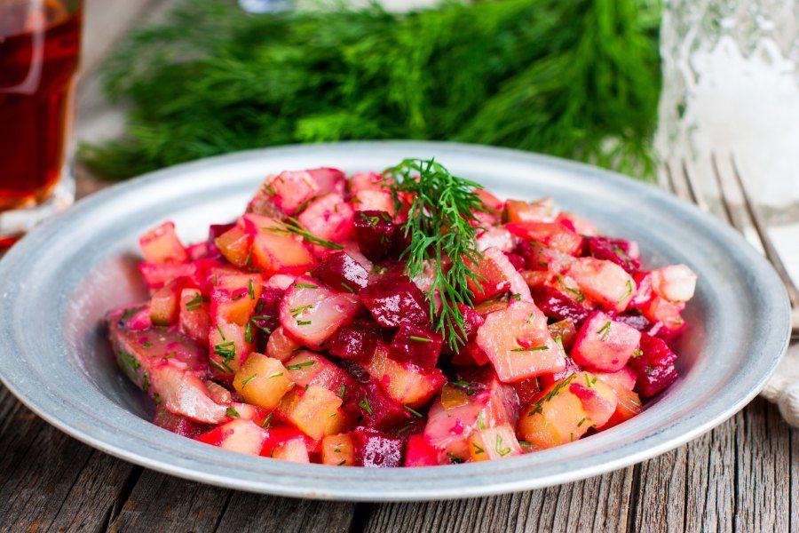 Вкусный новогодний салат