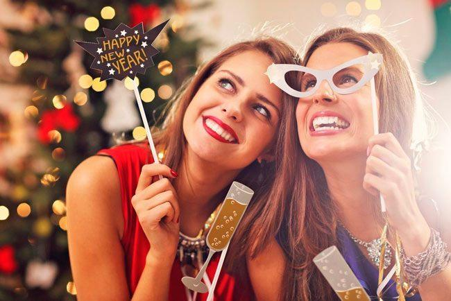 Что подарить на Новый год 2019 лучшей подруге