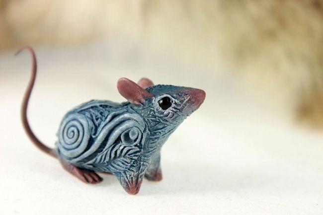 Мышь из полимерной глины
