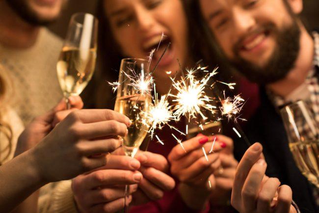 Новогоднее поздравление другу в прозе