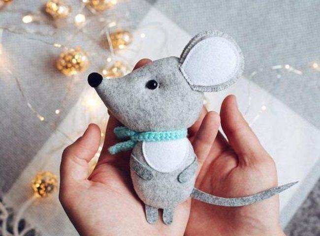 Как сделать крысу из фетра на Новый год