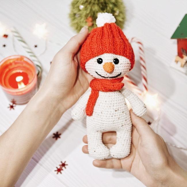 Схема вязания снеговика с подробным описанием