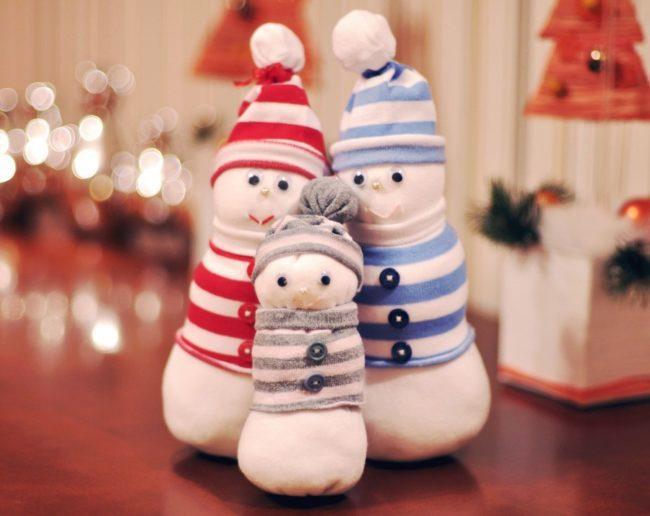 носочные снеговики