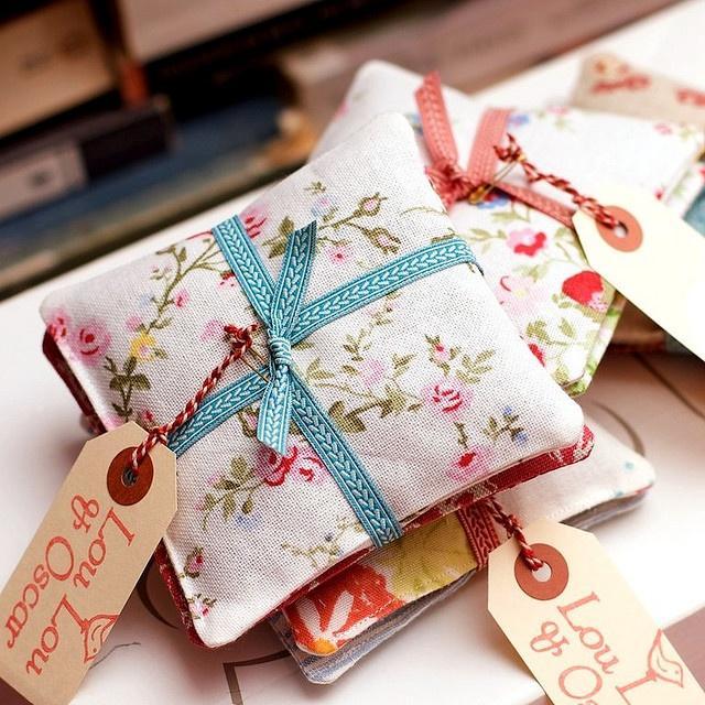подарочные подушечки