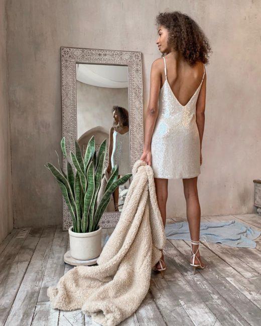 фото-новинки женских платьев