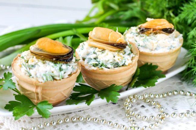 со сливочным сыром и мидиями