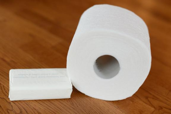 как сделать снег из туалетной бумаги