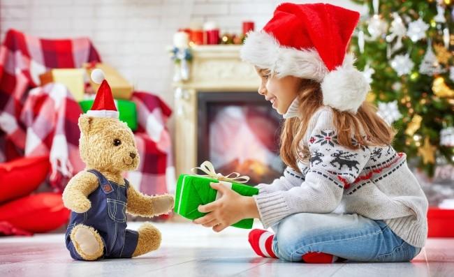 Что подарить дочке на Новый год 2022