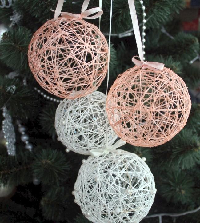 Игрушки, сделанные своими руками, на елке