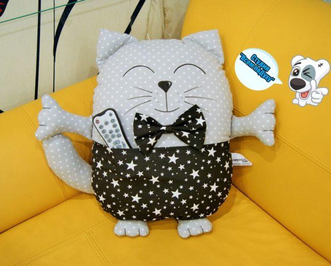 кот из ткани