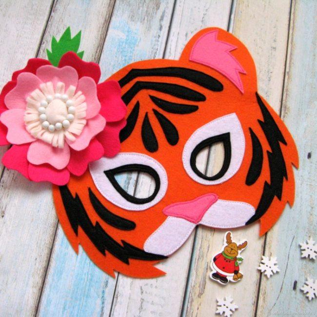 маска тигра из фетра