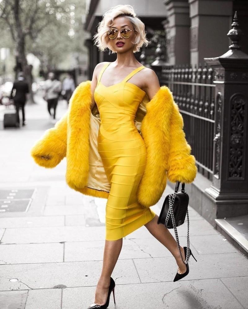 желтое платье на год игра