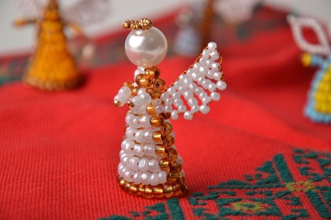 поделки на рождество из бисера