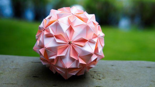 Новогодняя кусудама - бумажный шар
