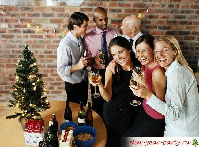 Что подарить коллегам на Новый год 2018