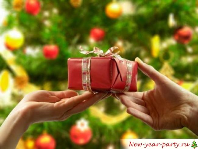 Что подарить на год Обезьяны