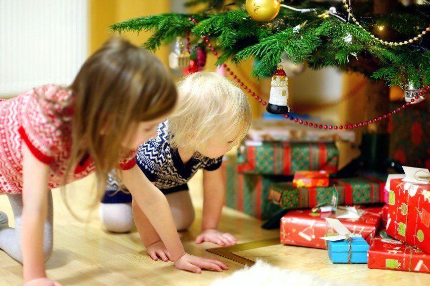 Детские подарки на Рождество