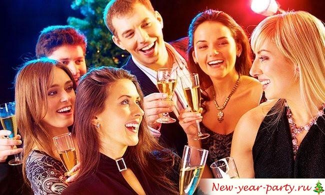 Что подарить на Новый год друзьям?