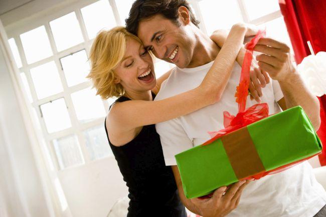 Что подарить жене на Новый год 2019