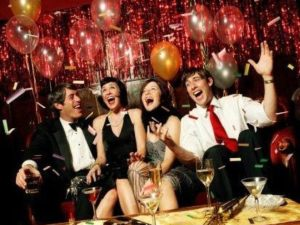Сценарий для взрослого Нового года
