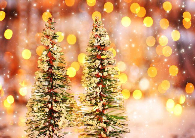 Новогодние искусственные елки 2018