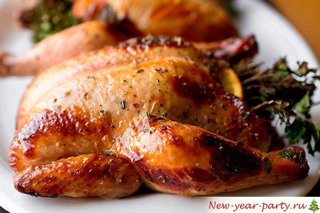 Курица, целиком запеченная в духовке с итальянскими травами