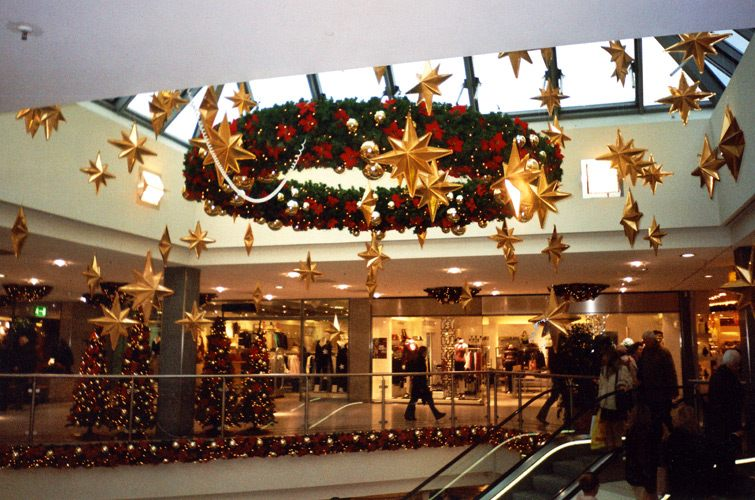 Новогодний торговый центр