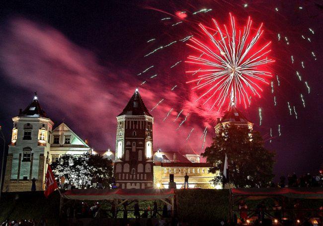 Новый год в Мирском замке