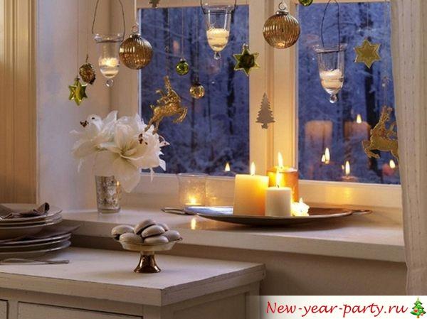 Новогодняя композиция на окне