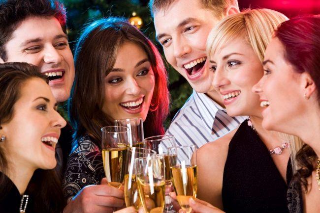 Фанты для взрослых на новый год 2022