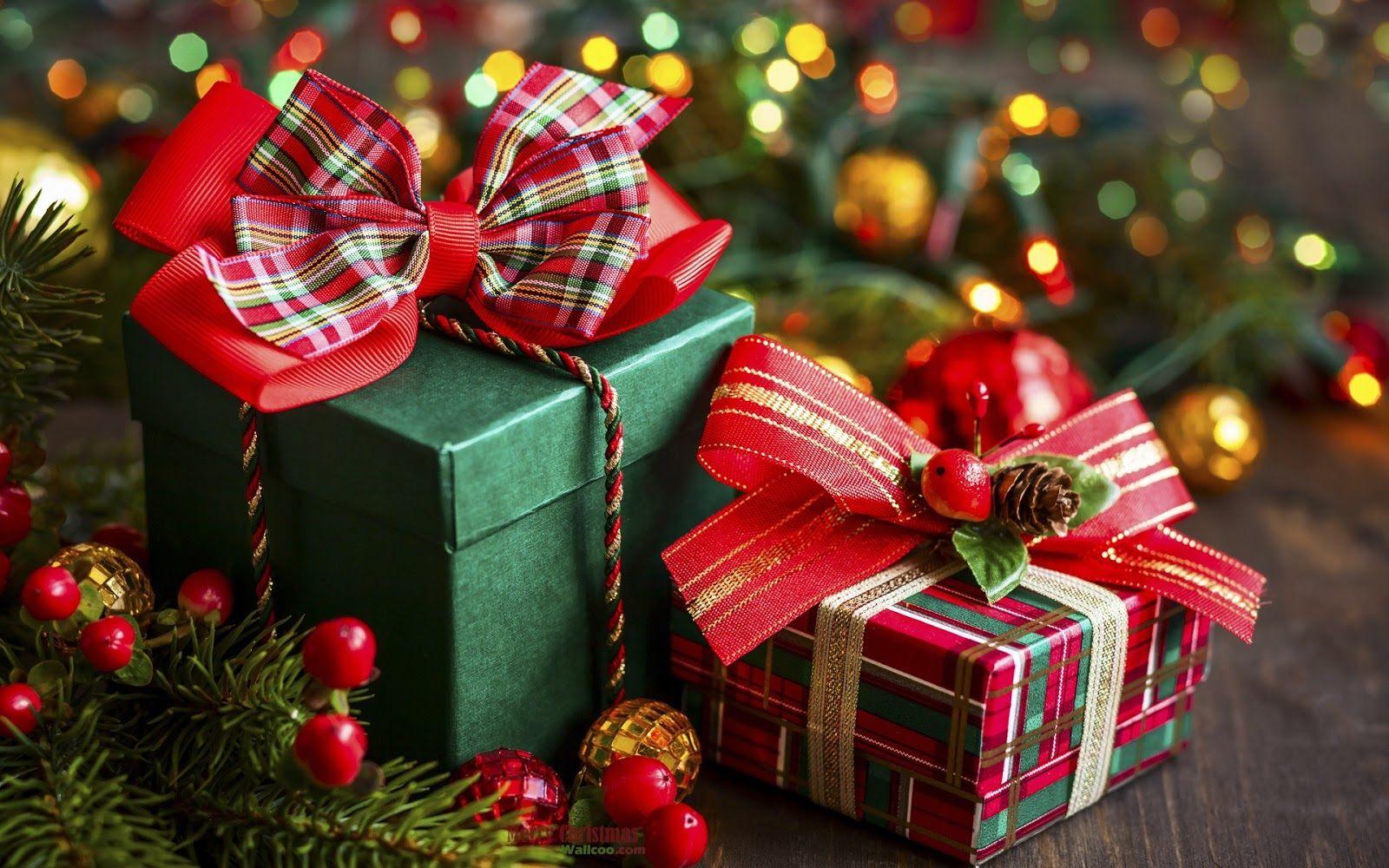 Новогодние сюрпризы и подарки