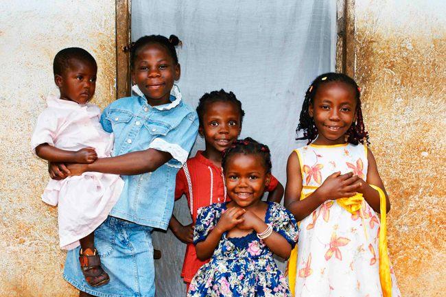 Дети Камеруна