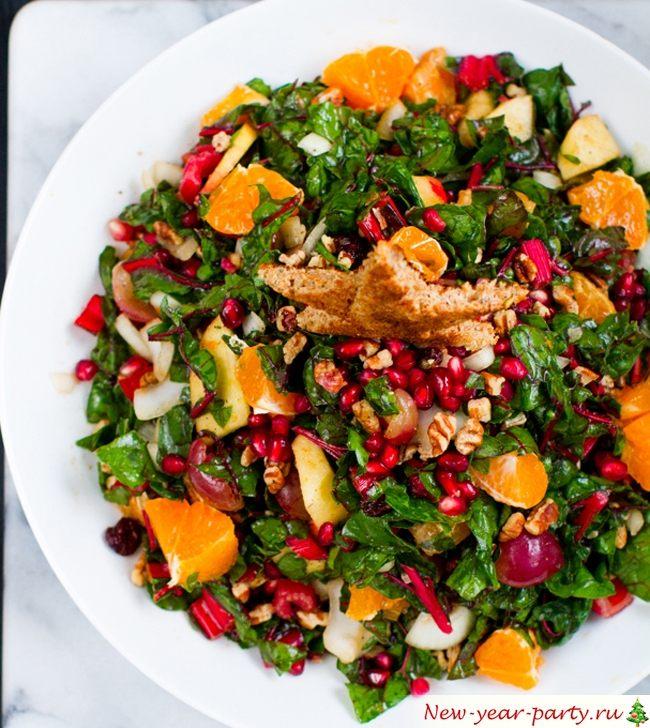 Диетический новогодний салат, фото