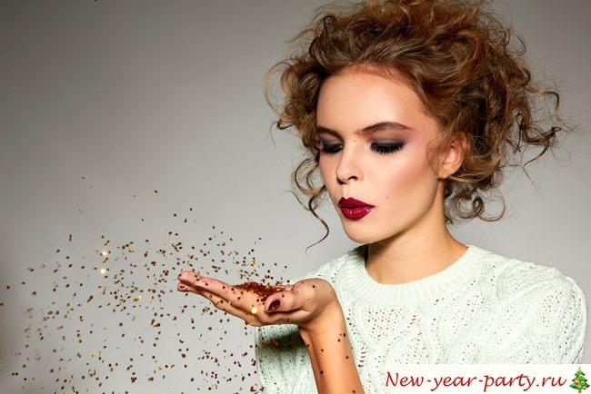 Маникюр на Новый год 2018