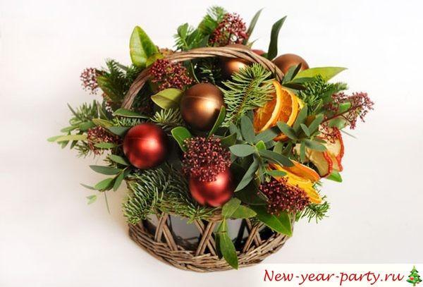Как сделать новогоднюю икебану