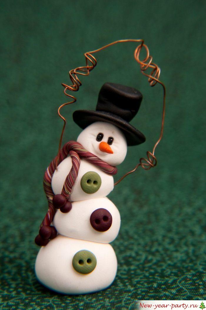 Дружелюбный снеговичок