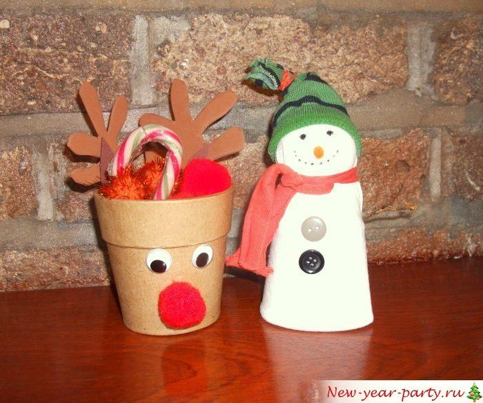 Олень и снеговик своими руками