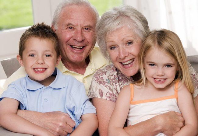 Новый год с бабушкой и дедушкой